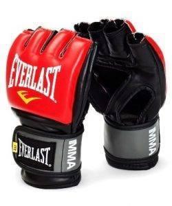 Боевые перчатки ММА - профессиональные.