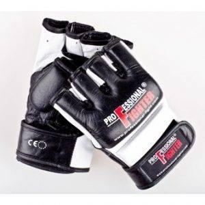 Профессиональные боевые перчатки ММА.