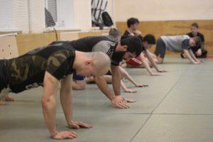 Тренировка по Микс Файту в группе