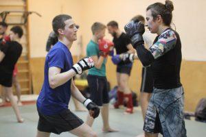 Групповые тренировки по смешанным единоборствам в Москве